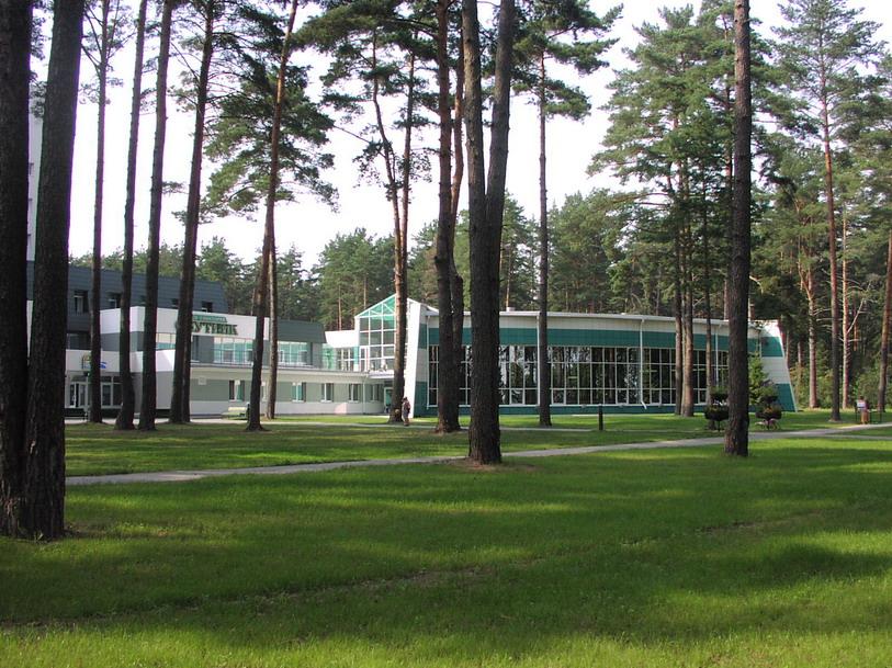 Sputnik Resort (Naroch Lake)